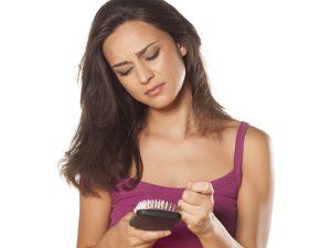 hajhullás kezelése